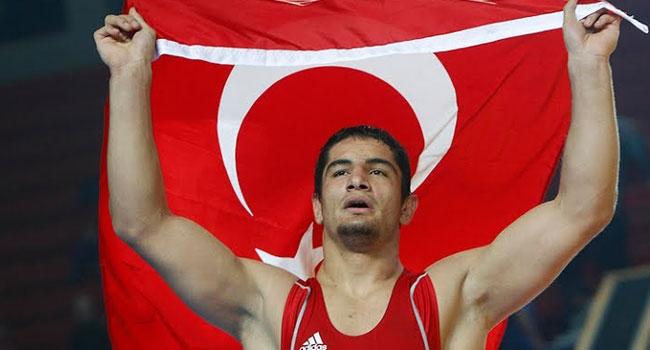 Taha Akgül'ü tebrik eder, başarılarının devamını dileriz!